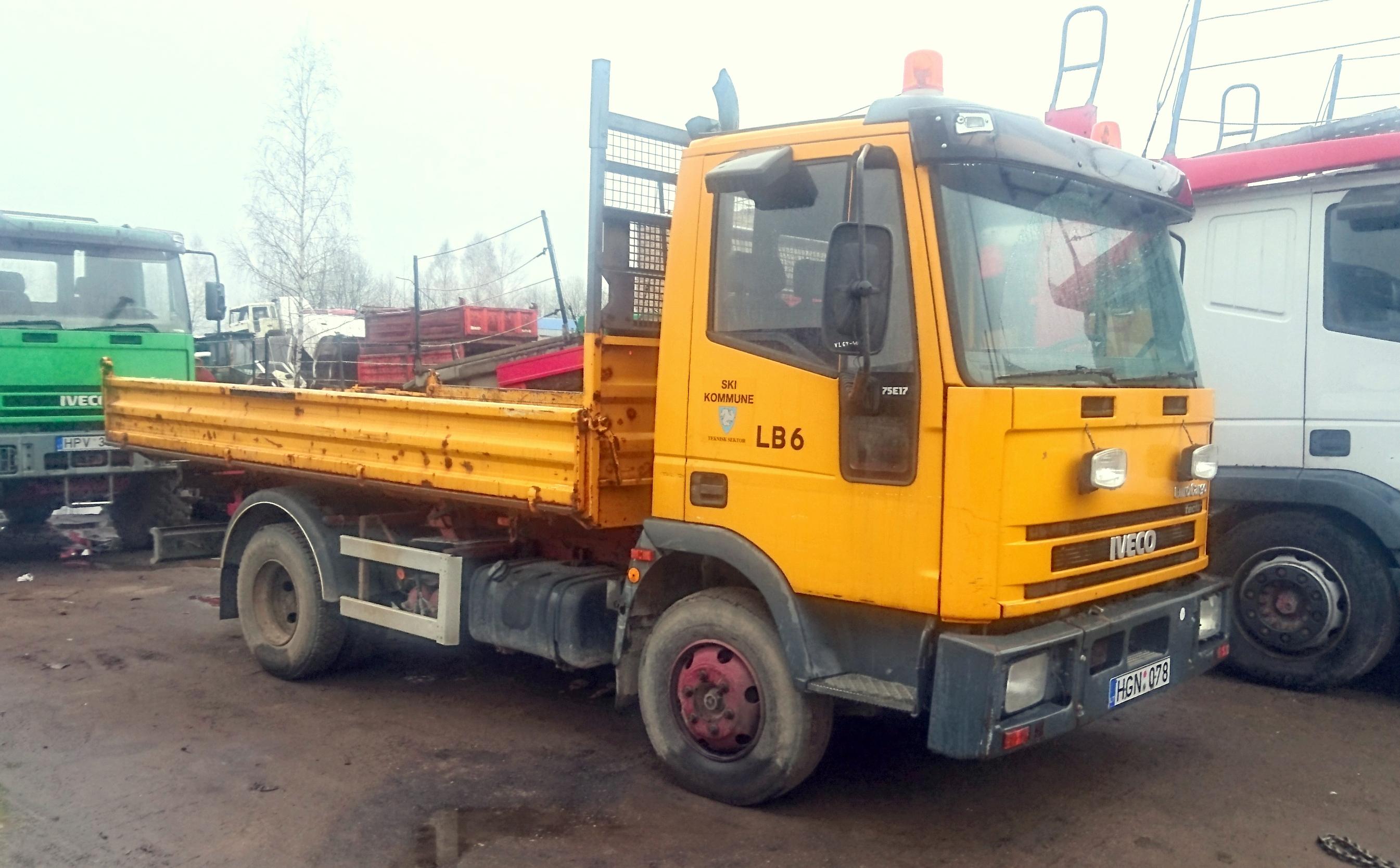 Iveco 75E17 Tipper, 2001 2